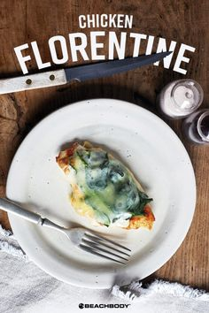 Healthy chicken florentine recipe for a quick chicken dinner of chicken breast topped with spinach and mozzarella cheese. 21 day fix recipes // best chicken Healthy Chicken Recipes, Real Food Recipes, Thin Sliced Chicken, Raw Chicken, Florentines Recipe, Fixate Recipes, Chicken Florentine, 21 Day Fix Meal Plan, Beachbody Blog
