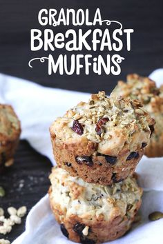 Recipes Breakfast Muffins For those mornings when there isn't time to eat a relaxed breakfast of wholegrain granola and yogurt at home, grab a homemade muffin packed with their double whammy goodness and hit the road. Granola Bread Recipe, Vegan Granola, Yogurt And Granola, Breakfast Muffins, Breakfast Bake, Breakfast Recipes, Healthy Muffin Recipes, Healthy Baking, Sausage Recipes For Dinner