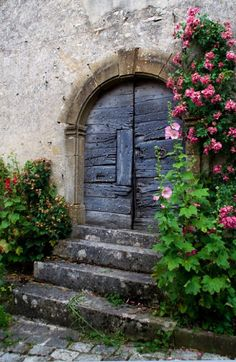colorel11: reblogged from old door Vezelay