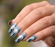 Nail Art Pont Graphique