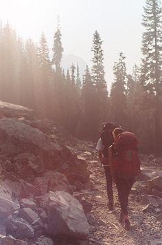 Chaque randonnée commence avec un petit goût d'inconnu et d'aventure ... Plaisir de la découverte et de la contemplation ...