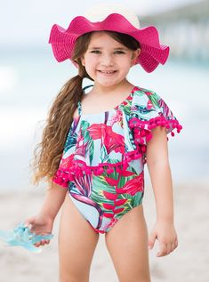 Unique Swimsuits, Two Piece Swimsuits, Modest Swimsuits, One Piece Swimsuit Red, Crochet Monokini, Little Girl Swimsuits, Preteen Girls Fashion, Baby Fashionista, Cute Baby Girl Outfits