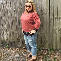 Button-down shirt, boyfriend jeans, crew neck sweater, and Nine West sandals