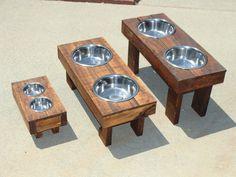 Raised dog food feeders DIY Wooden Pallets