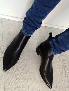 Handmade Men Black Pointed Toe Chelsea Boots, Men Black Leather Ankle Boots Upper Genuine Leather Lining Genuine leather Sole Genuine leather Heel Genuine leather All hand Stitch You can ask us for custom color Manufacturing time 10 days Women's Shoes, Me Too Shoes, Shoe Boots, Men's Boots, Boot Heels, Dress Boots, Fall Shoes, Cowgirl Boots, Look Fashion