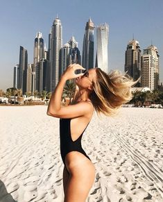 Trendy Beachwear for the Summer - Untitled - Flashmode Middle East Summer Pictures, Beach Pictures, Foto Dubai, Dubai Travel, Insta Photo Ideas, Black Bikini, Luxury Lifestyle, Wealthy Lifestyle, Summer Vibes
