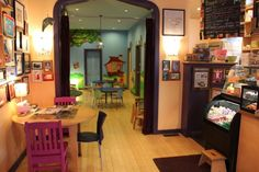 Blue Manatee Children's Bookstore - 365 Things to do in Cincinnati