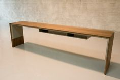poliform desk design - Google Search Office Furniture, Office Desk, Entryway Tables, Google Search, Design, Home Decor, Hon Office Furniture, Homemade Home Decor, Desk Office