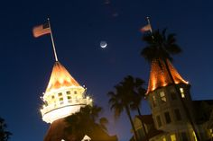 Hotel del Coronado - looking lovely in the moonlight  @Hotel del Coronado #coronado #moon #crescent #crescentmoon San Diego, Around The Worlds, Tower, Gallery, Building, Amazing, Travel, Voyage, Lathe