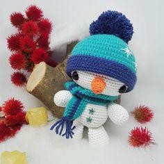 Easy to make amigurumi snowman – Free patterns Christmas Yarn, Xmas, Advent, Hair Designs, Needle Felting, Blog, Snowman, Origami, Free Pattern