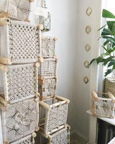 Macrame Knots - A Brief Introduction & Unlocking the Secrets of the Macrame Art - ersont Macrame Design, Macrame Art, Macrame Knots, Macrame Curtain, Macrame Plant Hangers, Diy Macramé Suspension, Art Macramé, Macrame Chairs, Macrame Projects