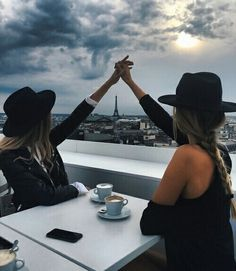 23 Ideas for travel pictures bff Photos Bff, Bff Pictures, Best Friend Pictures, Friend Photos, Travel Pictures, Hipster Vintage, Style Hipster, Indie Hipster, Hipster Grunge