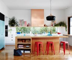 The best kitchen designs from Australian House and Garden magazine in including modern splashback ideas, affordable alternatives to marble and decor ideas. Interior House Colors, Home Interior Design, Interior Plants, Interior Modern, Interior Ideas, Interior Inspiration, Kitchen Interior, Kitchen Decor, Interior Livingroom