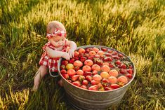 fall milk bath Fall baby photoshoot, with apples and oranges Fall baby photoshoot, with apples and oranges Fall baby photoshoot, with apples and oranges # Baby Milk Bath, Fall Baby Pictures, Milk Bath Photos, Milestone Pictures, Bath Photography, Photography Ideas, Baby Fruit, Monthly Baby Photos, Gentle Baby