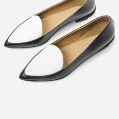 The Modern Point - Everlane. $155. I have their Street Shoe which i s very comfortable. Wanting to try these. They look good.