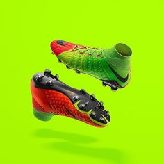 Ready to be unleashed. Fine-tuned for the modern #9. What do you think of the new release? Hit us with your marks out of 10 below! . . Photo; @nikefootball . . #footydotcom #fcfc #footballboot #soccercleats #cleats #football #soccer #futbol #cleatstagram #totalsoccerofficial #fussball #nike #hypervenom #hypervenom3 #phinish #phantom #nikefootball #nikesoccer #newrelease #freshfootwear