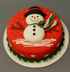 62 Awesome Christmas Cake Decorating Ideas and Designs : Christmas cakes decorating easy; Christmas cake ideas and designs; Christmas Wedding Cakes, Christmas Cake Designs, Christmas Tree Cake, Christmas Cake Decorations, Christmas Cupcakes, Christmas Sweets, Holiday Cakes, Christmas Cooking, Christmas Goodies