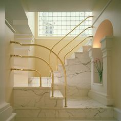 Home Design Drawing Marble // Grid pattern vibes in interior design - Revisiting the Noted Architect's First Appearance in Architectural Digest 80s Interior Design, 1980s Interior, Interior And Exterior, Interior Decorating, Decorating Games, Architectural Digest, Interior Bohemio, Escalier Art, Muebles Art Deco
