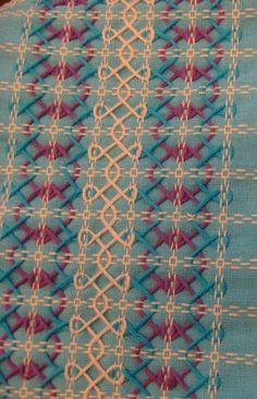 Resultado de imagen para bordado em toalha xadrez
