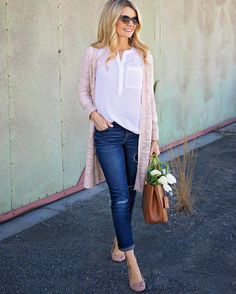 I was out shopping today and found a nearly exact dupe of this sweater (for a better deal!) and this is another color of that @nydj blouse I posted Saturday which is currently on sale PLUS I linked to the most amazing marble serving tray that I posted on my Snapchat (@blushingbasics) earlier and some of you asked about All shopping details can be found here with a double tap @liketoknow.it www.liketk.it/29Fb2 #liketkit #ltkunder50 #ltksalealert @dtphotog by blushingbasics