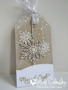 Twelve Tags of Christmas - Day Eleven - Guest Designer Linda
