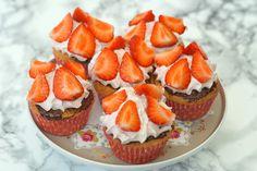 Coco & Co: Jordbærkage-cupcakes