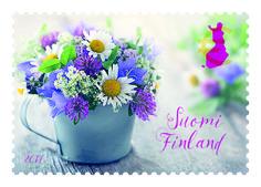 Suosittu postikorttitaiteilija Anna-Mari West on kuvannut kesäiseen ikimerkkiin perinteisiä kesäkukkia. Merkki ilmestyi 24.2.2017.