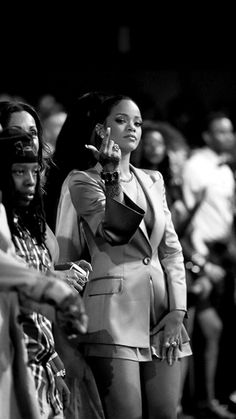 Image about beauty in Rihanna 👑 by Rihanna Outfits, Punk Outfits, Mode Rihanna, Rihanna Riri, Rihanna Style, Mode Poster, Rihanna Looks, Black And White Aesthetic, Bad Gal