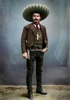 """""""""""I would rather die on my feet than live on my knees."""" Mexican revolutionary leader Emiliano Zapata, whose Zapatista peasant army fought a long guerrilla campaign south of Mexico City. This picture was taken in Mexico City in Western Film, Westerns, U2 Poster, Soldado Universal, Mexican Revolution, Pancho Villa, Mexican Heritage, Hispanic Heritage, Victor Vasarely"""