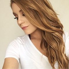 Monday Hair Inspo from @itsbrittneykate wearing her @girlgetglamoroushair extensions in Light Strawberry Blonde {shade28}  I love how naturally our extensions blend in! All of our extensions are 100% Remy human hair and double drawn with thick ends, which makes blending a breeze.  www.girlgetglamorousHAIR.com checkout code: gggHAIR to save $5 off shipping worldwide Light Strawberry Blonde, Remy Human Hair, Hair Inspo, New Hair, Breeze, Extensions, Hair Makeup, Long Hair Styles, Inspiration