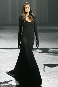 Givenchy Spring 2007 Couture Fashion Show: Runway Review - Style.com