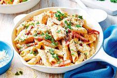 Caramelised onion and roast tomato tart Creamy chicken Carbonara Pastas Recipes, Healthy Pasta Recipes, Healthy Pastas, Cooking Recipes, Tiphero Recipes, Penne Recipes, Yummy Recipes, Pasta Primavera, Food Cakes
