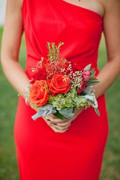 Red and orange fall bouquet | photography by http://www.harrison-studio.com/
