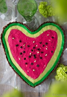 Piparminttukarkit | Reseptit | Kinuskikissa Kermit, Watermelon, Baking, Food, Desserts, Tailgate Desserts, Deserts, Bakken, Eten