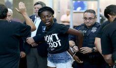 نيويورك تستعد للاحتجاجات على عنف الشرطة لليوم الخامس بعد اشتباكات