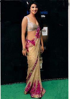 Priyanka Chopra Sarees | ... saree/lengha/anarkali › Bollywood Replica Saree of Priyanka Chopra