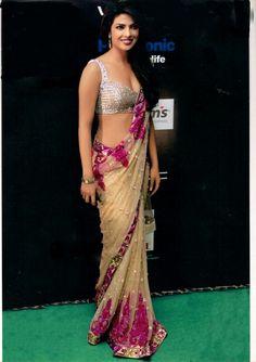 Priyanka Chopra Sarees | ... saree/lengha/anarkali › Bollywood Replica Saree of Priyanka Chopra