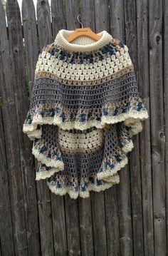 Circular Asymmetric Long Poncho Shawl Crochet door ToppyToppyKnits
