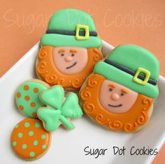 Sugar Dot Cookies: St Patricks Day Sugar Cookies (leprechauns using a skull cookie cutter)