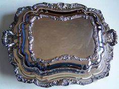 Vintage Covered Server Plated Poole Silver Co No 402 ~ Just click on picture 2x to be taken to the item for purchase!