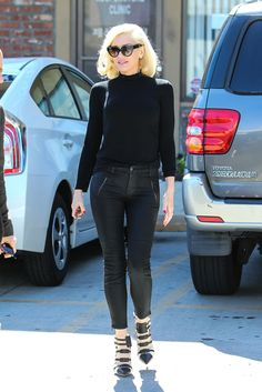 Gwen Stefani Doesn't Need a Red Carpet to Look Flawless