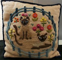 Vintage Crewel Embroidery Pillow Cats ...for WS house