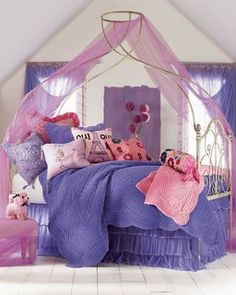 Oui Oui Bedding Set for Girls Bedroom Decor For Teen Girls Diy, Teen Girl Bedrooms, Bedroom Ideas, Room Color Schemes, Room Colors, Dream Rooms, Dream Bedroom, Girl Room, My Room