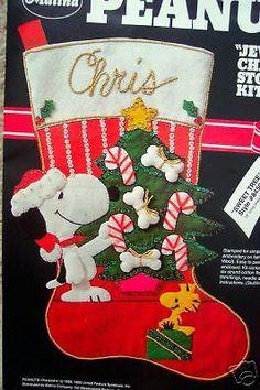 PEANUTS-Felt-Applique-Christmas-Stocking-Kit-SWEET-TREE-Snoopy-Schulz-Size-18