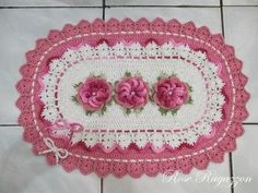 Rose Ragazzon Crochê: Banheiro Rosa Chá & Cru Babado Duplo