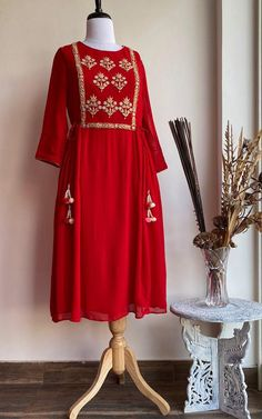 Description: Fine cutdana and dabka hand work in golden A-line overlapping pattern Styling Tip: This. Kurti Designs Party Wear, Kurta Designs, Blouse Designs, Dress Designs, Embroidery Suits Design, Embroidery Dress, Zardosi Embroidery, Stylish Dresses For Girls, Simple Dresses