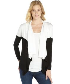 Make this classic, yet modern, colorblock cardigan from Magaschoni your new go-to layering piece this season.