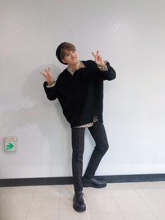stay weird okay Mingyu Wonwoo, Seungkwan, Woozi, Mingyu Seventeen, Seventeen Debut, Carat Seventeen, Seventeen Scoups, Rapper, Hip Hop