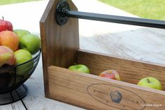 fall caddy --like the pipe and fittings handle