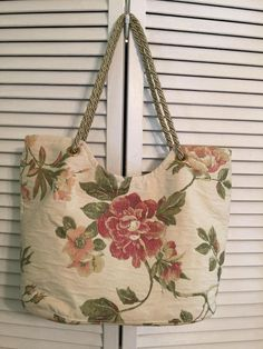 Floral tapestry fabric tote bag measures 12 x 17 wide and 20 long with straps. Lined silk interior with zippered pocket on one side and open pockets on the other. Straps can be adjusted by moving the knot. Floral Tote Bags, Fabric Tote Bags, Fabric Purses, Bag Patterns To Sew, Sewing Patterns, Bag Sewing, Carpet Bag, Tapestry Fabric, Denim Bag